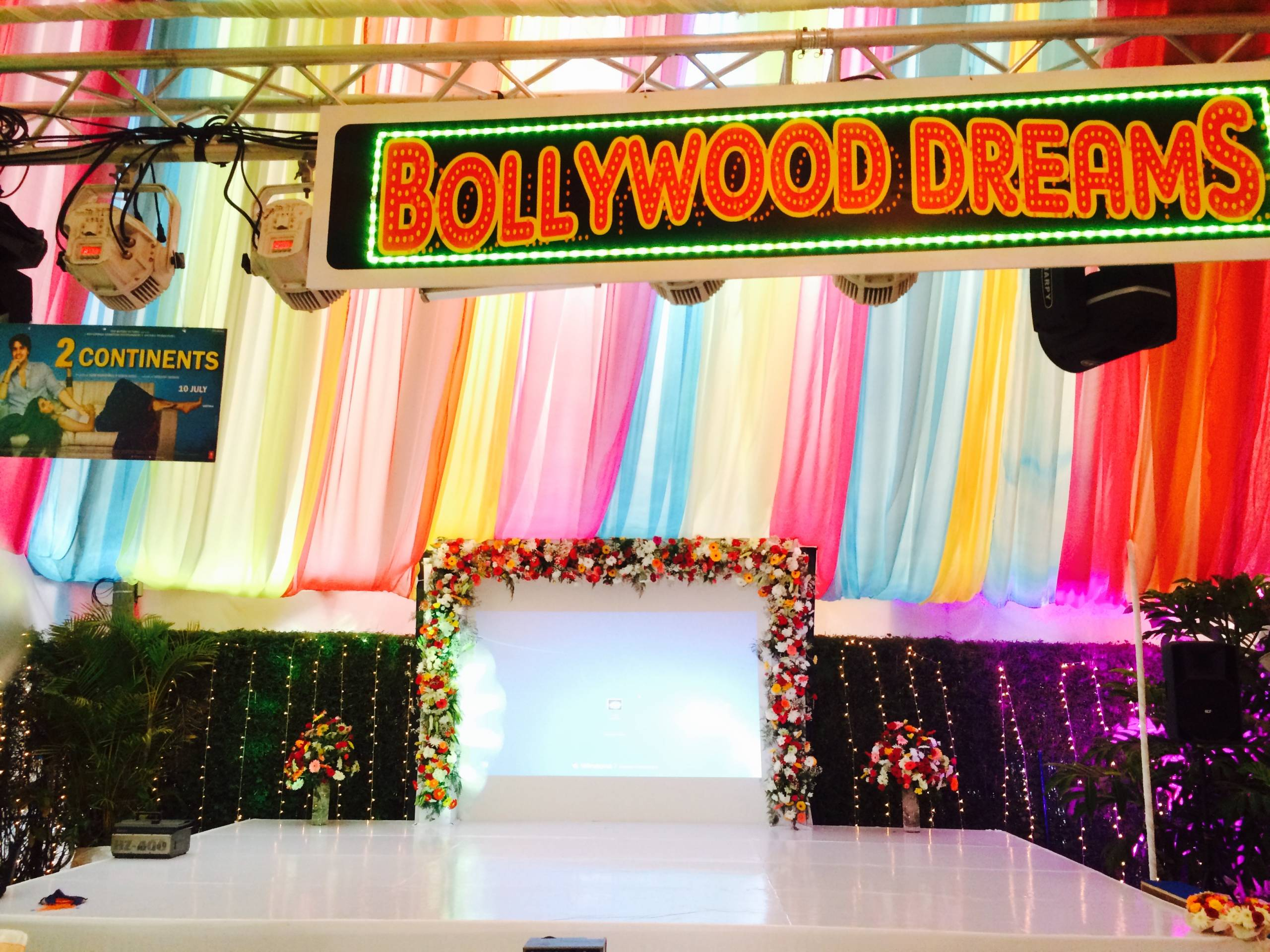Bollywood dreams theme